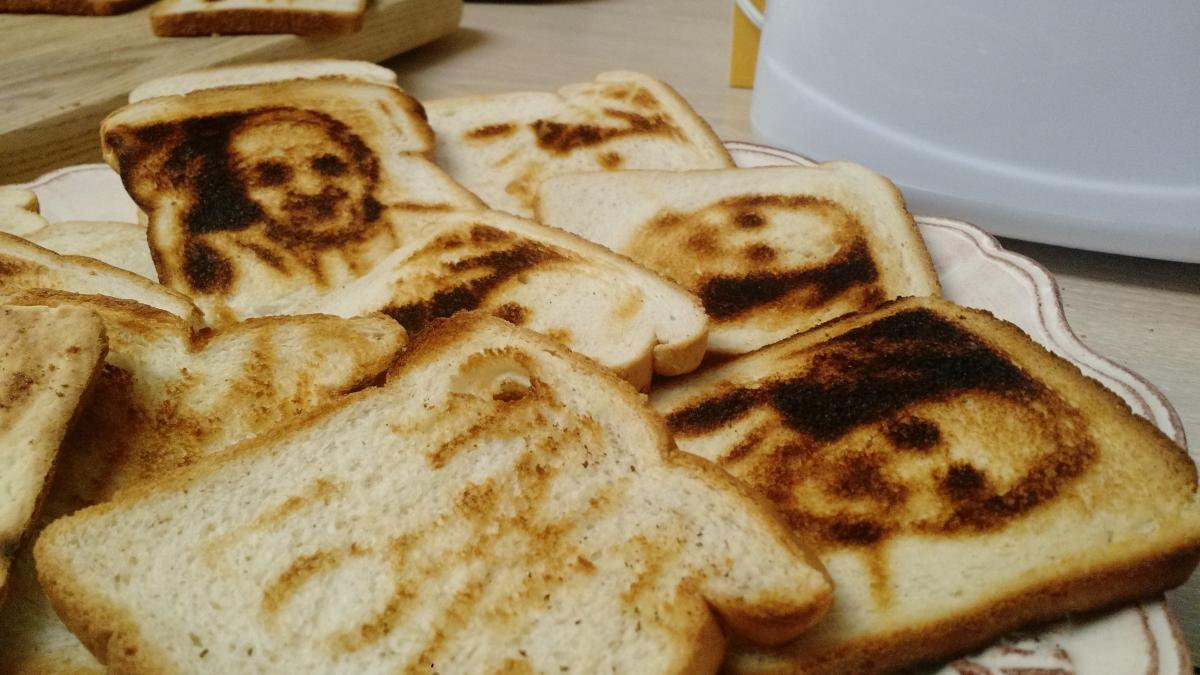 Toast The Pope: Debby Fireman is selling a special toaster with metal stencillike inserts that brand Pope Francis' face onto bread.