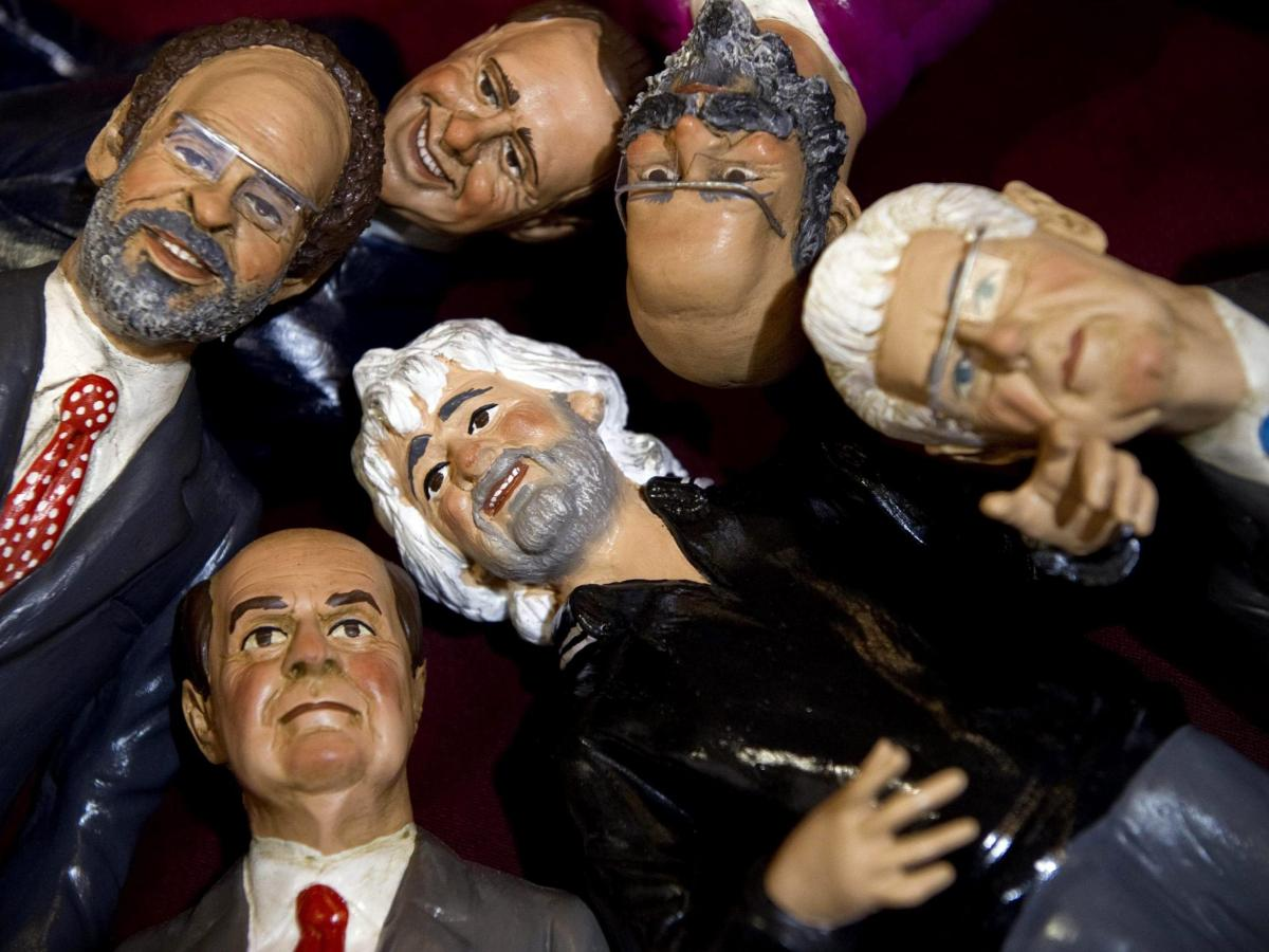 Figurines representing the main candidates of the upcoming Italian general election are on display in a shop in Naples. Seen (clockwise from left) are magistrate Antonio Ingroia, former Prime Minister Silvio Berlusconi, Oscar Giannino, outgoing Prime Mini