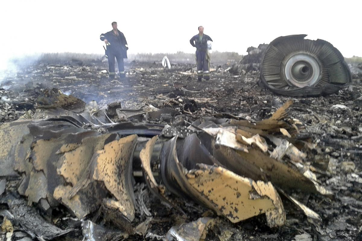 """Ukrainian President Petro Poroshenko said evidence from the crash must remain in place until investigators can look into """"all aspects of the tragedy."""""""