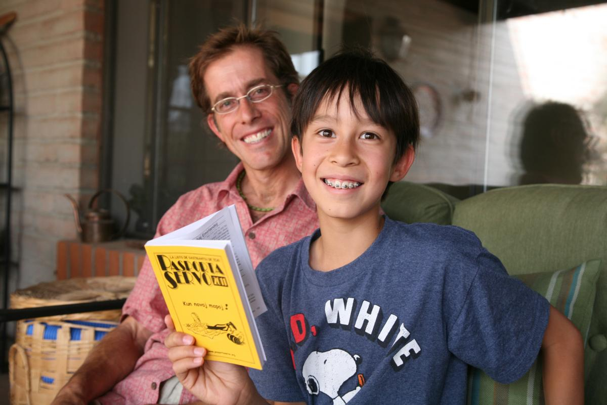 Greg Kay decided to raise his son Linken, 10, to speak Esperanto as his native tongue. When Greg was younger, he traveled around South Korea, biking between Esperanto-speaking homes.