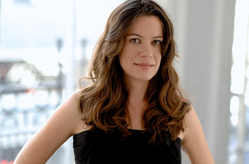 Novelist Sara Gran also writes for the HBO show Southland.