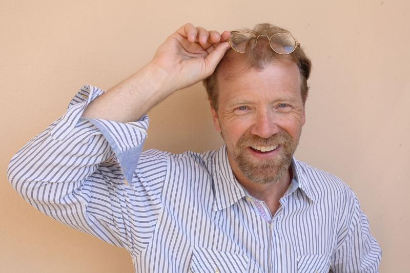 George Saunders' previous books include In Persuasion Nation and The Very Persistent Gappers of Frip. He won a MacArthur Fellowship in 2006.
