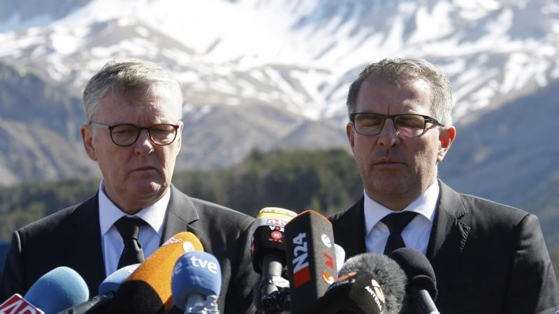 Germanwings CEO Thomas Winkelmann (left) and Lufthansa CEO Carsten Spohr visited the site of the Germanwings jet crash in Le Vernet, France, on Wednesday.