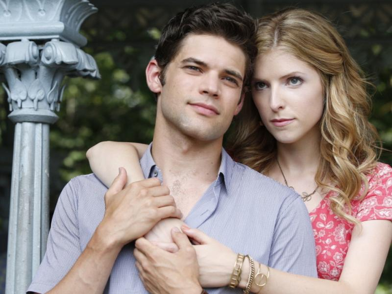 Jeremy Jordan and Anna Kendrick in The Last Five Years.