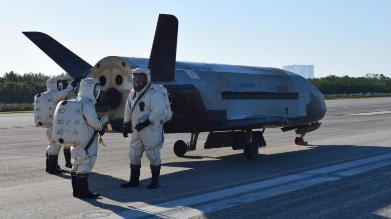 Secretive space plane lands after nearly two years in space