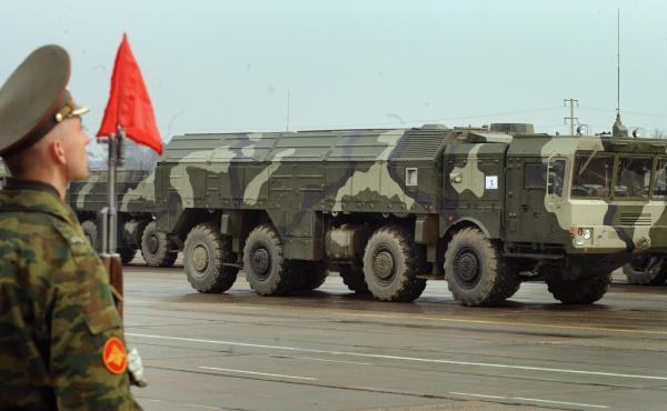 A picture taken on April 20, 2010, shows a Russian nuclear-capable Iskander ballistic missile launcher during a military parade rehearsal outside Moscow. Russia transferred Iskander-M missile launchers within range of three Baltic states earlier this mont