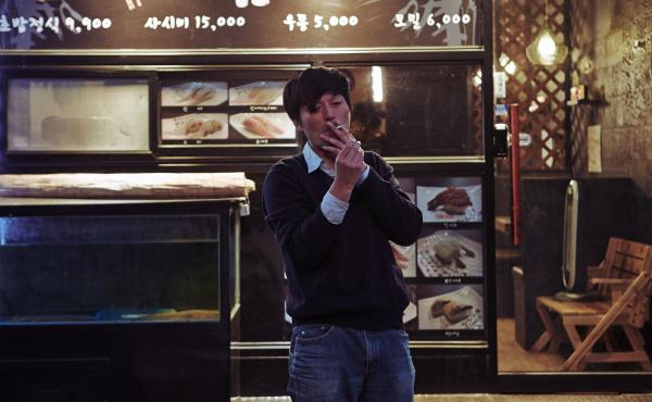 Jung Jaeyoung in Hong Sangsoo's Right Now, Wrong Then.