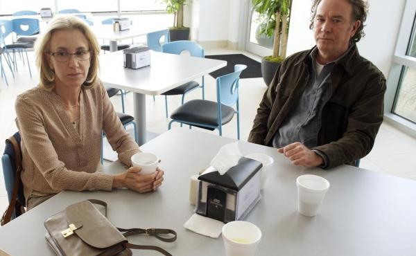 Felicity Huffman and Timothy Hutton star in American Crime.