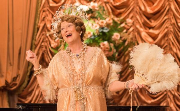 Meryl Streep greets her public in Florence Foster Jenkins.