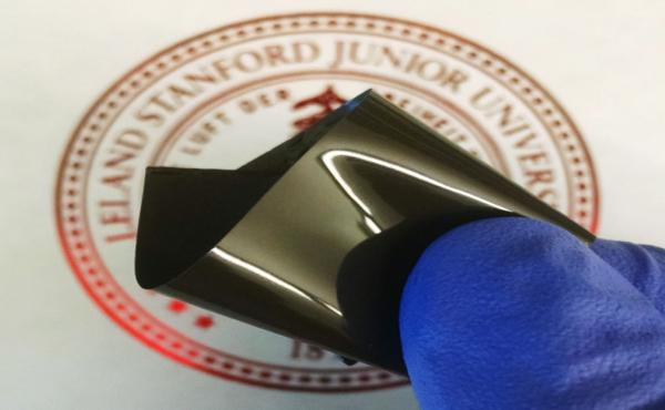 The plastic sheet invented by Stanford University chemical engineer Zhenan Bao and her colleagues can be inserted in lithium-ion batteries to avoid overheating.