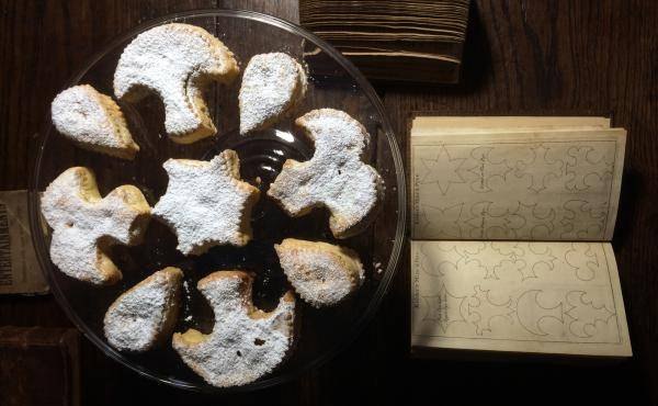 Ivan Day shapes his mince pies using traditional patterns from hundreds of years ago.