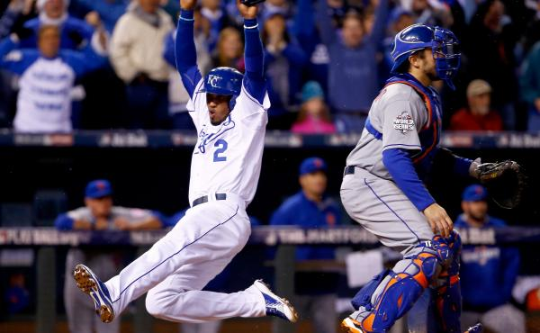 Alcides Escobar #2 of the Kansas City Royals scores a run in the fifth inning against the New York Mets in Game Two of the 2015 World Series.
