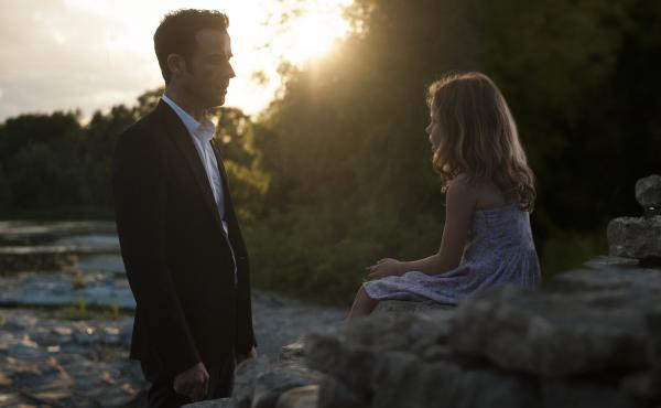 Justin Theroux (shown with Darby Camp) deals with the grief and mystery of being left behind in season 2 of the HBO series, The Leftovers.
