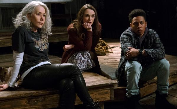 (L-R) Helen Mirren as Brigitte, Keira Knightley as Amy and Jacob Latimore as Raffi in Collateral Beauty.