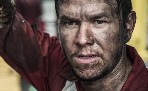 Mark Wahlberg in the film Deepwater Horizon.