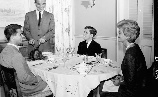 A scene from the TV show Leave It To Beaver. The 1950s emphasized the importance of a happy nuclear family — and in popular media, the dining table often became a place to showcase these idealized dynamics.