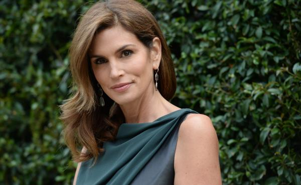 Cindy Crawford attends the CHANEL Dinner For NRDC 'A Celebration Of Art, Nature And Technology' held on May 31, 2013 in Los Angeles.