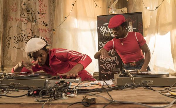 Grandmaster Flash (Mamoudou Athie) and Shaolin Fantastic (Shameik Moore) on The Get Down.