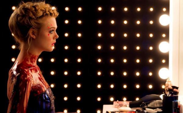 Jesse (Elle Fanning) in The Neon Demon