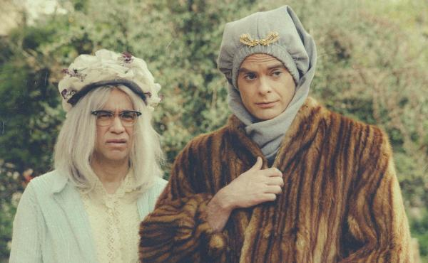 Fred Armisen and Bill Hader send up the classic documentary Grey Gardens in the first episode of their new TV series, Documentary Now!
