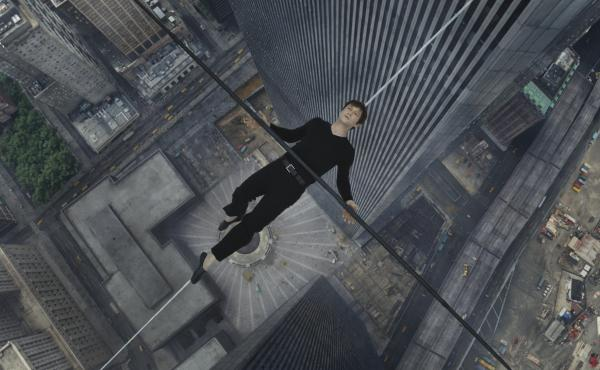 The Walk dramatizes the French high-wire artist Philippe Petit's (Joseph Gordon-Levitt) 1974 walk between the Twin Towers of the World Trade Center.