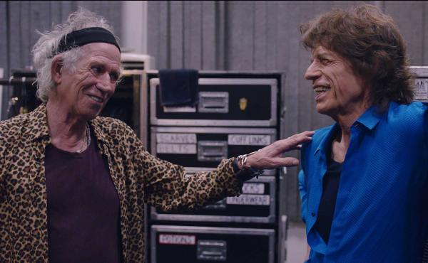 Keith Richards and Mick Jagger in Rolling Stones Olé Olé Olé! : A Trip Across Latin America.