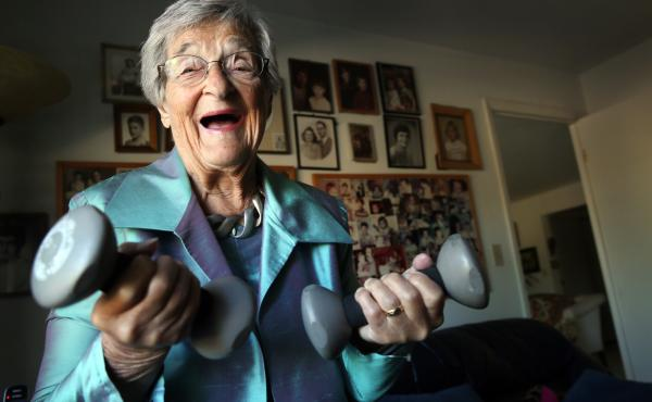 Belle Likover, a 96-year-old retired social worker, told Case Western Reserve medical students that growing old gracefully is all about being able to adapt to one's changing life situation, including health challenges.