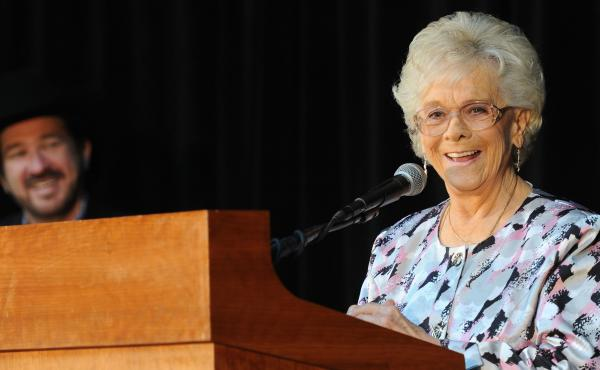 """""""As you know, there wasn't none of us. But ... I hung in there like a hair on a grilled cheese,"""" Jean Shepard said when she was inducted to the Country Music Hall of Fame in 2011."""