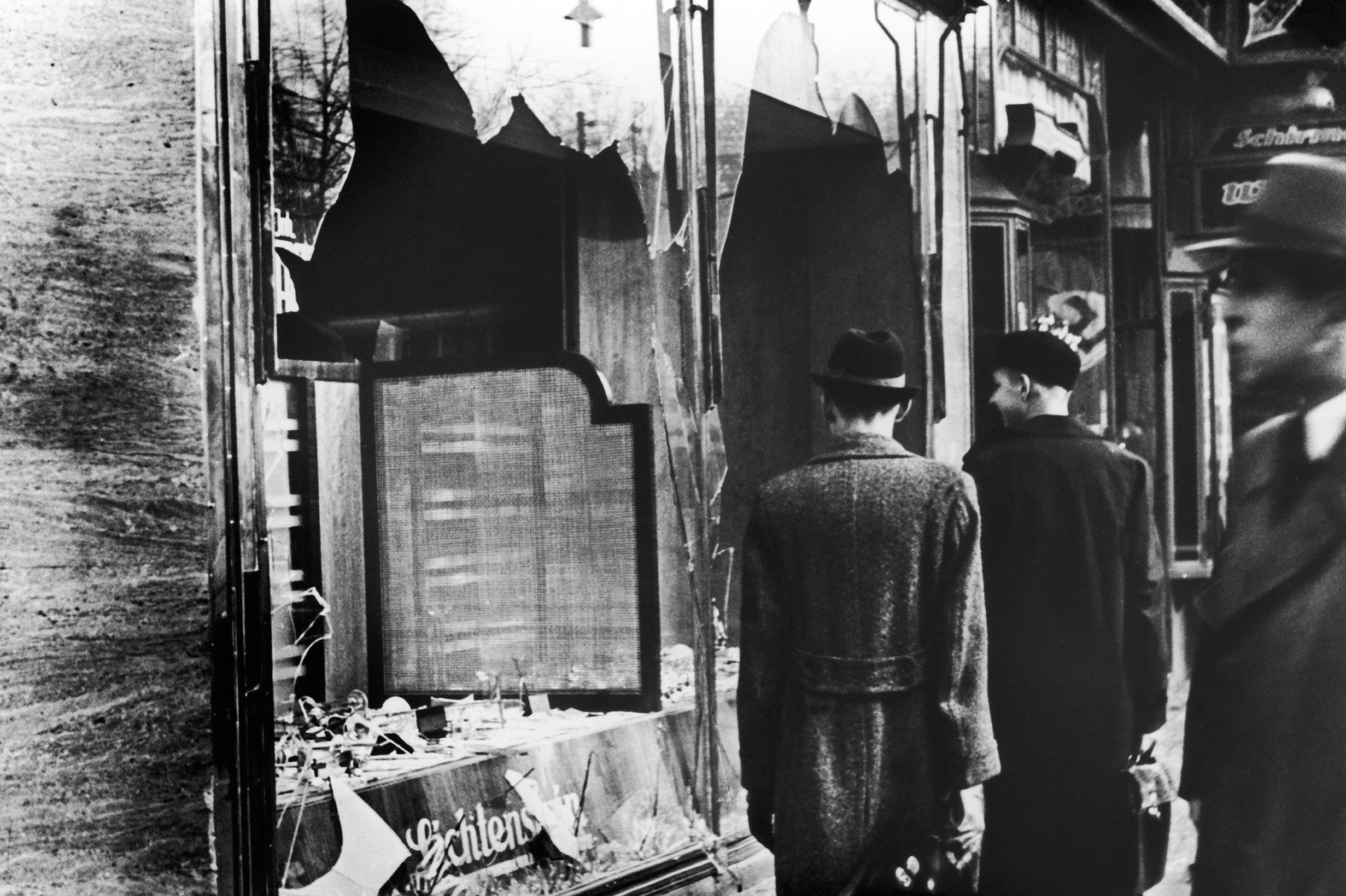 Kristallnacht 1938 - twoj doktor
