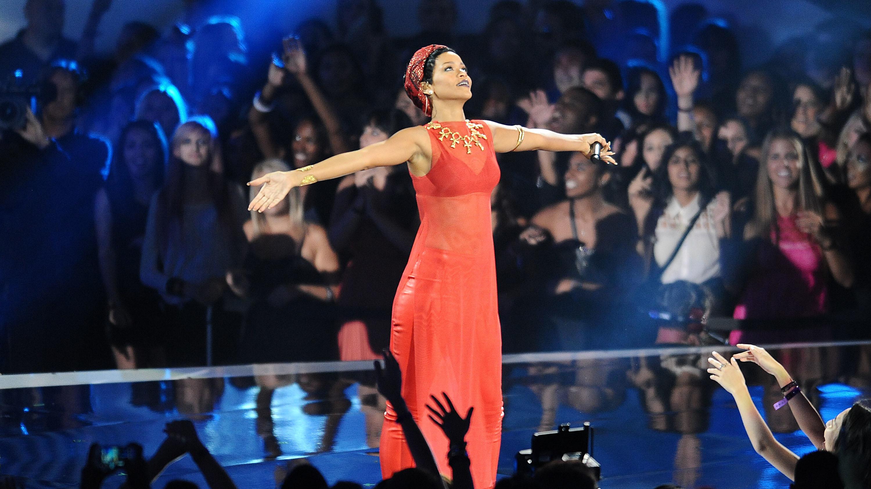 دانلود اهنگ کامان کامان بیبی نو ریحانا PARODIA: Tampax - Prego Me La Suki (cover di Rihanna - Don