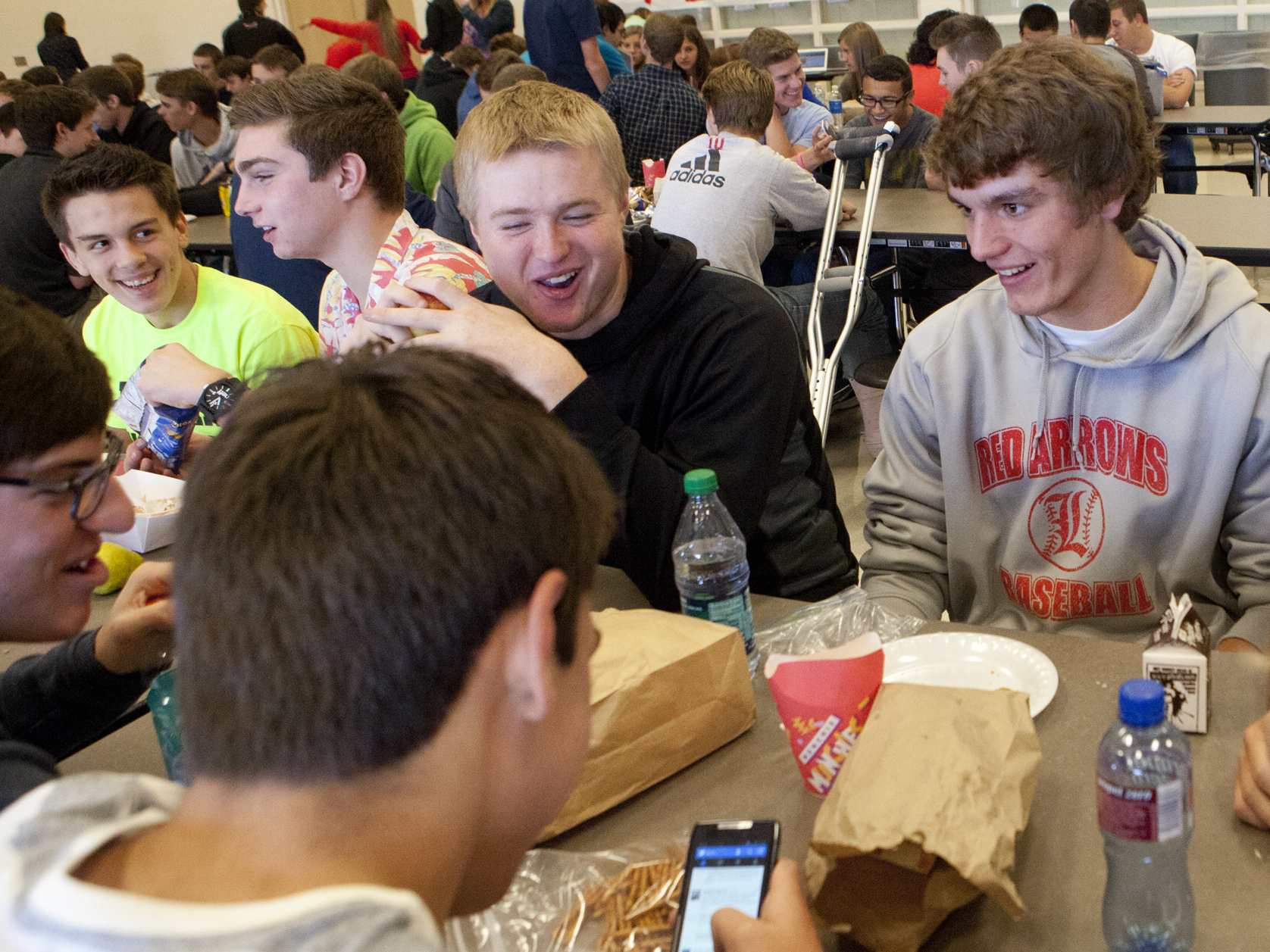 open campus lunch essay · my persuasive essay- why we our school does not sufficiently provide enough locations for students to eat lunch having an open campus would permit.