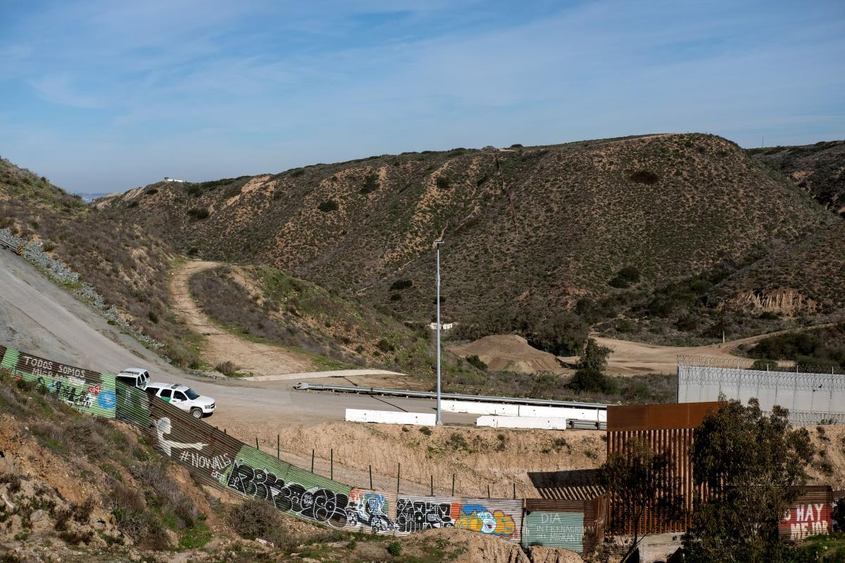 The caravan numbers have dropped dramatically from around 6,000 to fewer than 2,000 today.
