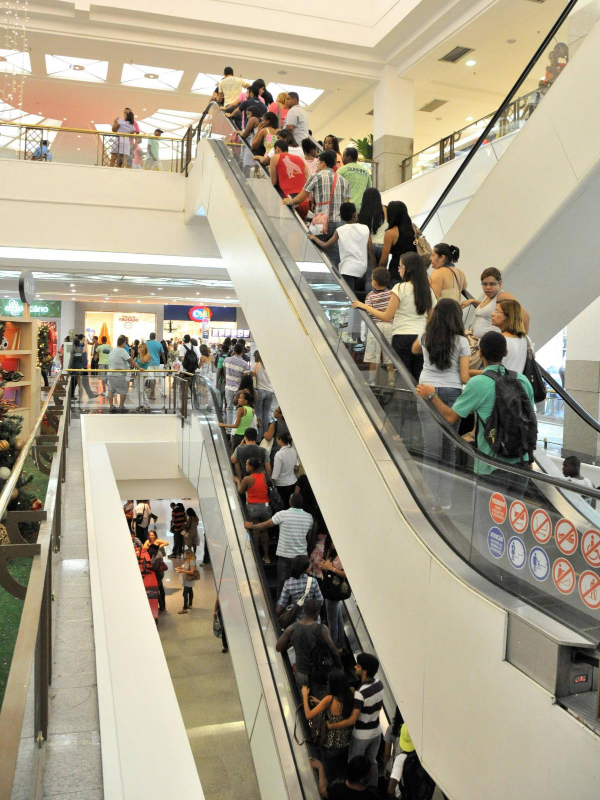 Christmas shoppers throng the Iguatemi mall in Salvador, Brazil, in 2012.