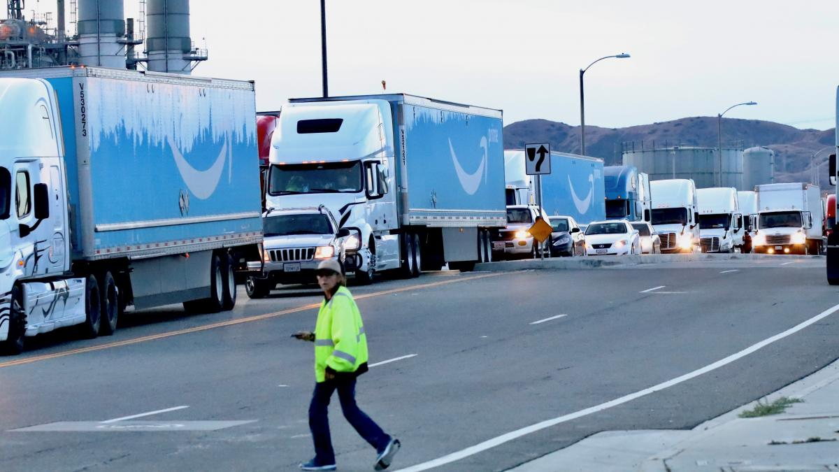 On some days more than 1,000 diesel trucks an hour pass along shipping routes between distribution warehouses and the ports of Los Angeles and Long Beach in Southern California.