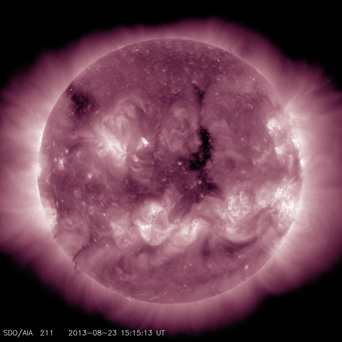 This channel highlights the active region of the outer atmosphere of the sun — the corona. Active regions, solar flares and coronal mass ejections appear bright here.
