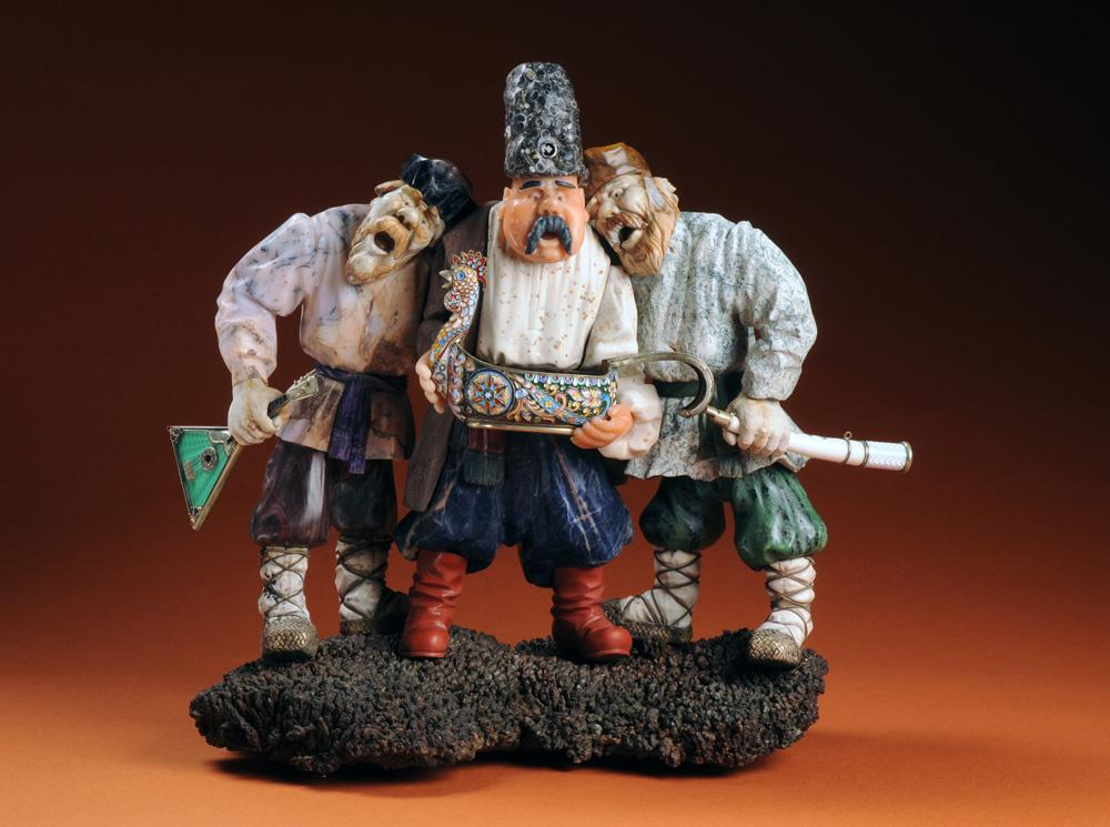 Bosom Pals, an iconic sculpture by Russian artist Vasily Konovalenko.