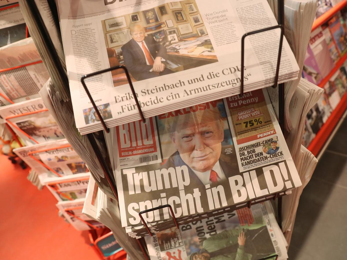 Germany's most popular newspaper, Bild, is among those worried about losing readers to news disseminated on social media. In a bid for greater transparency, it now makes a journalist available every day to take readers' questions live via an online video