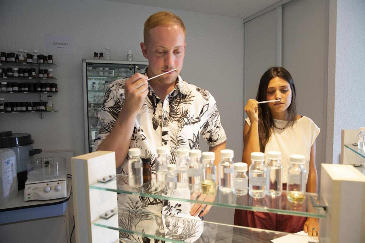 American student Michael Nordstrand (left), 35, and Gabriela Santana, 30, from Brazil, sniff scents at a class at the International Perfumery School in Grasse.