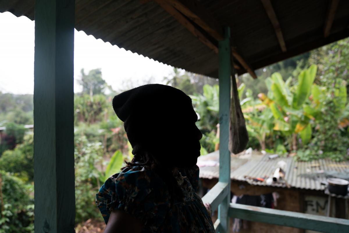 After the death of her son in 2004, one woman was accused of sorcery by her family in Simbu Province. They cut off parts of her fingers and banished her from the village.  She currently lives in Goroka, selling betel nut on the street.