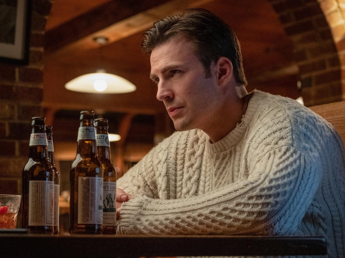 Move over, Captain America: Chris Evans in this cable-knit sweater may be Peak Chris Evans.