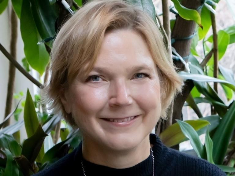 """Linda Griffith received a MacArthur """"Genius"""" Fellowship in 2006 for her work in tissue engineering."""