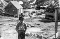 Anda Poulsen som ung dreng i 1960'erne i Kangeq.