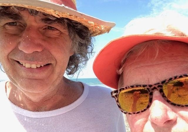 Carol Clapp, a 73-year-old widow from Epping, N.H., and her new sweetheart, Al, on a beach in New Zealand.