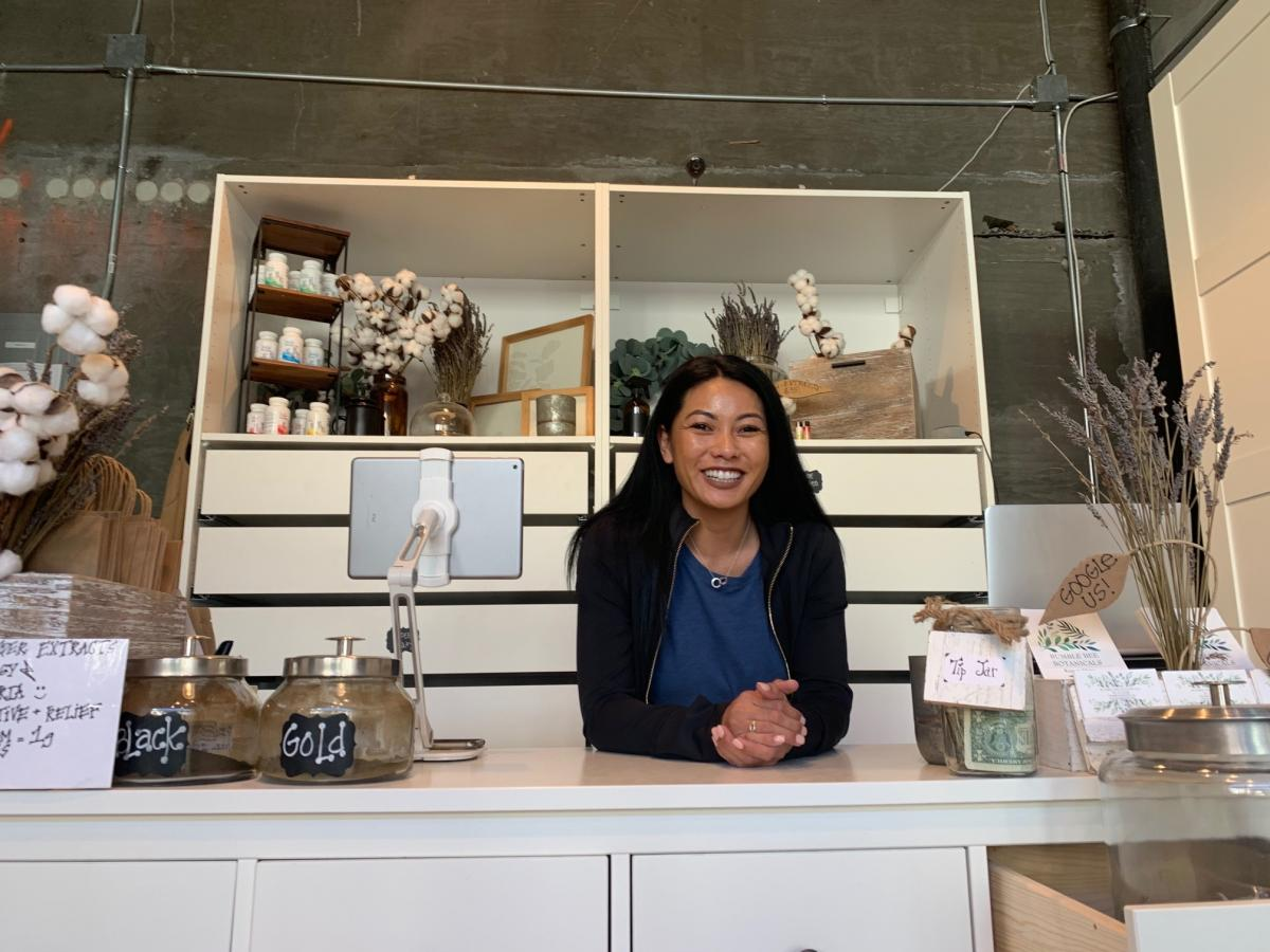 Linda Kline owns Bumble Bee Botanicals, which sells kratom in five upscale shops throughout the West, including this one in San Francisco. All her products are lab tested to ensure purity, Kline says.