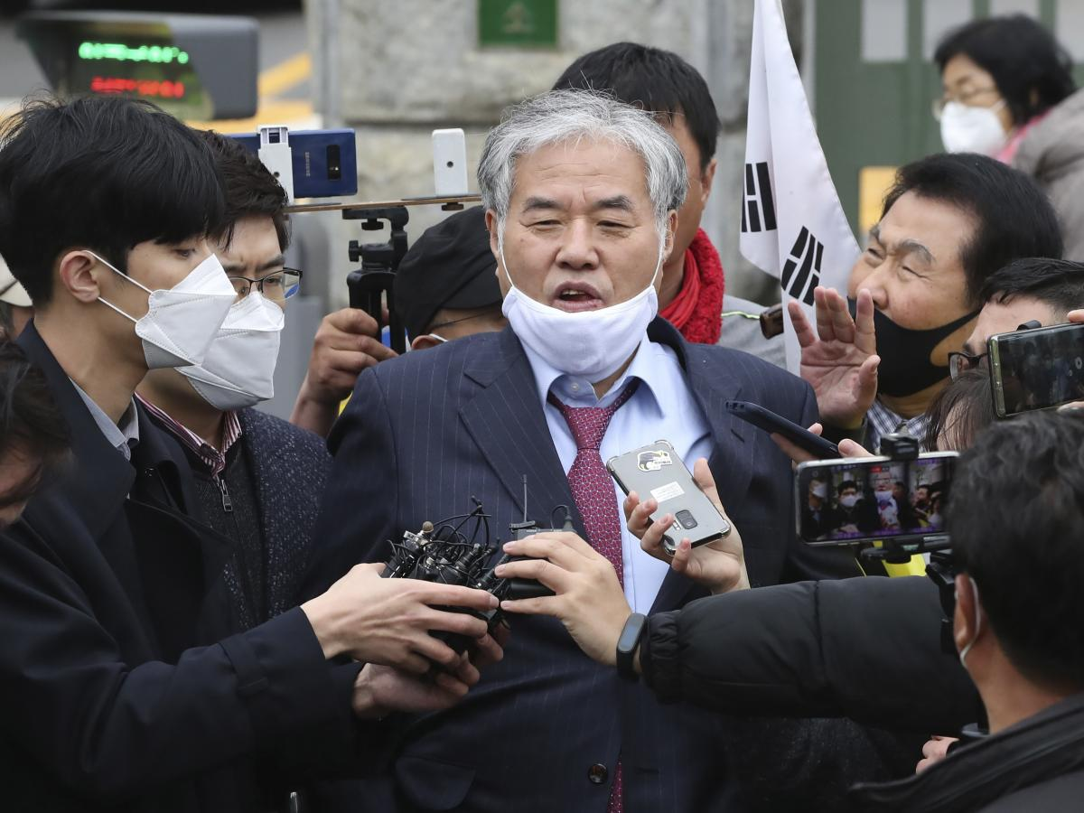 Sarang Jeil Church pastor Jun Kwang-hun speaks outside a detention center in Uiwang, South Korea, in April. Jun tested positive for the coronavirus last month, two days after he took part in an anti-government rally in Seoul.