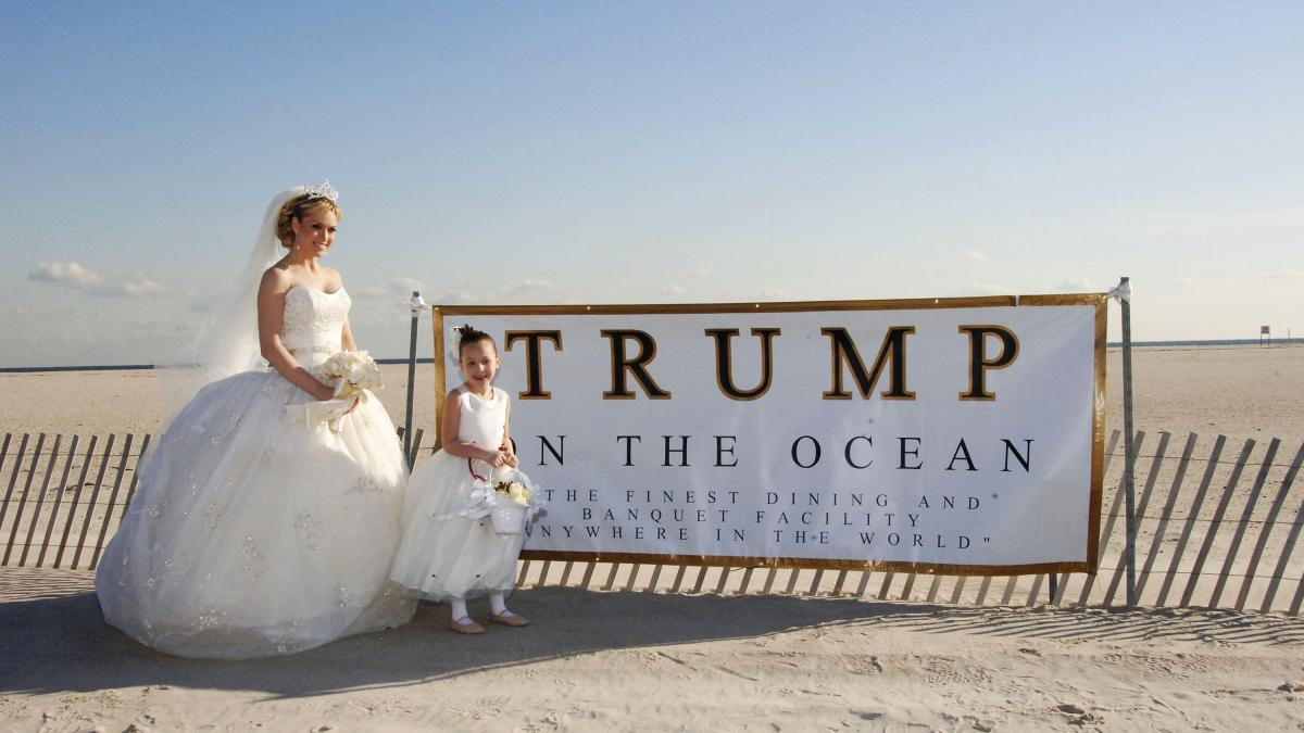 Former Miss USA Tara Conner at a photo shoot for the proposed Trump on the Ocean project at Jones Beach State Park, N.Y., in 2006.