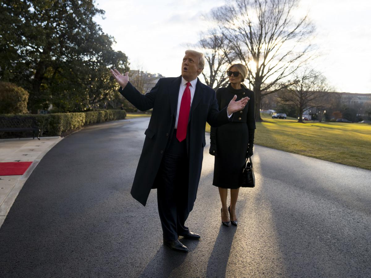 President Trump and first lady Melania Trump depart the White House for the last time.