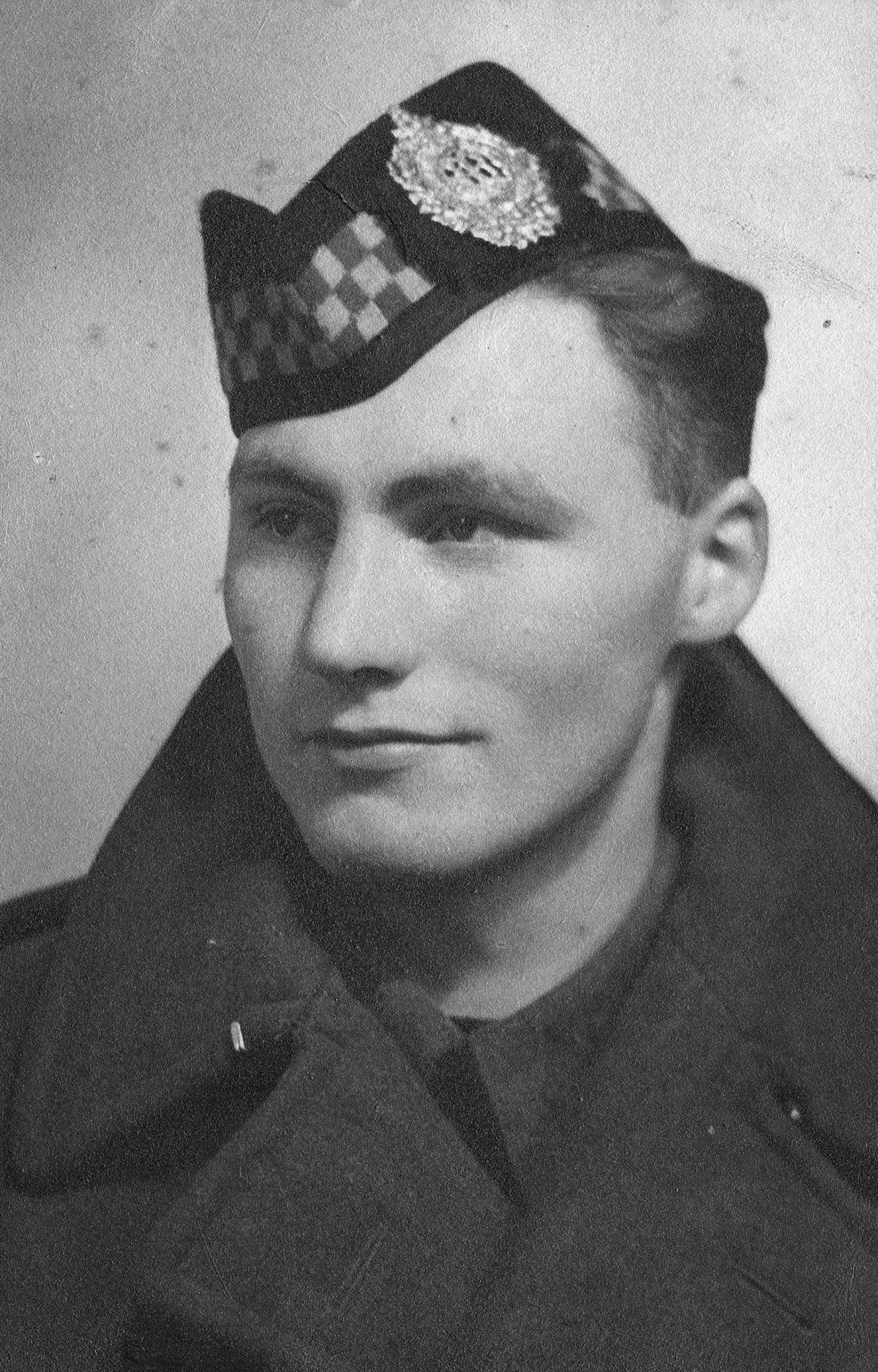 John Bain, shown above in 1940, is one of the men Glass profiles in The Deserters.