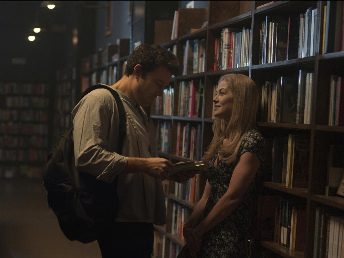 Nick (Ben Affleck) and Amy's (Rosamund Pike) relationship starts off as playful and well matched.