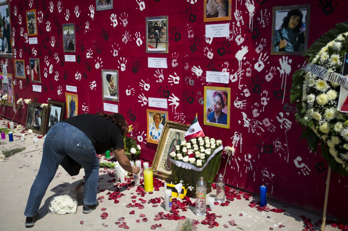 A memorial to the nine people killed when unit 1C at the Multifamiliar Tlalpan housing complex collapsed, one month after the magnitude 7.1 quake.
